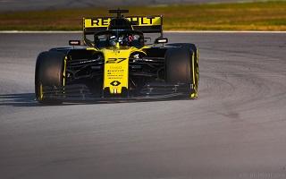 © Nicolas Delpierre - Motorsinside - Toute espoir de gloire semble impossible pour Renault