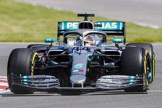 © Pirelli - Hamilton et les Mercedes intouchables