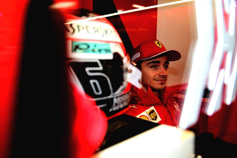 © Scuderia Ferrari - Charles Leclerc peut sourire après avoir décroché la première pole de sa carrière !