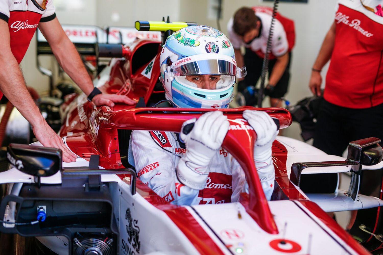 © Alfa Romeo - Giovinazzi à la faute avant même le départ du Grand Prix