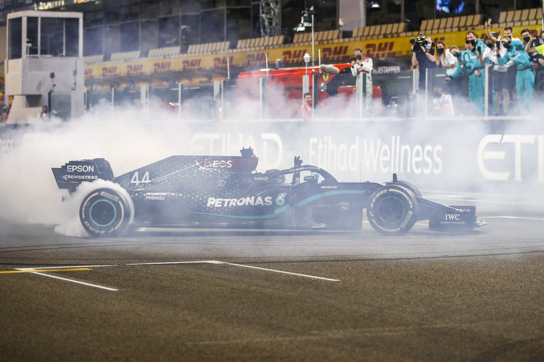 © Mercedes - Lewis Hamilton espère signer son contrat avant Noël