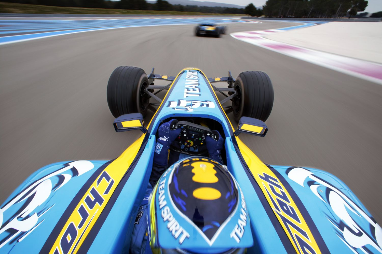 © Renault - Alonso sera au volant de sa R25 pour quelques tours à Abu Dhabi