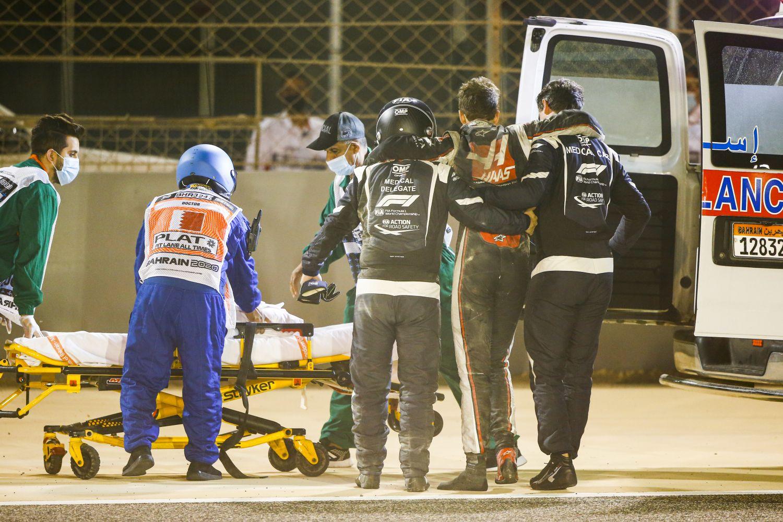 © Haas - Grosjean a rapidement été pris en charge par le personnel de la voiture médicale