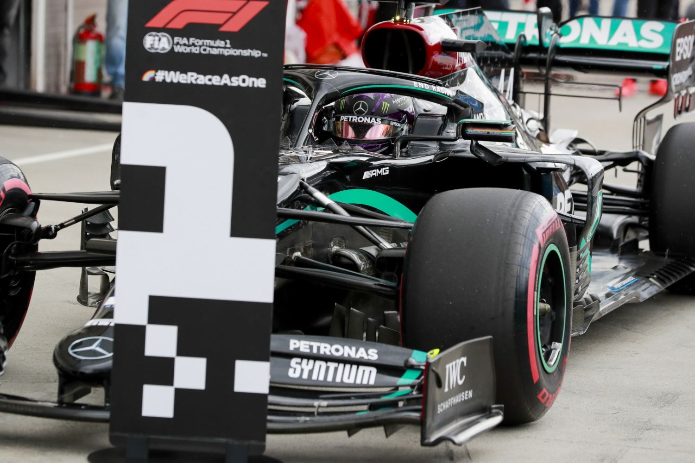Hamilton remporte sa 89ème victoire !