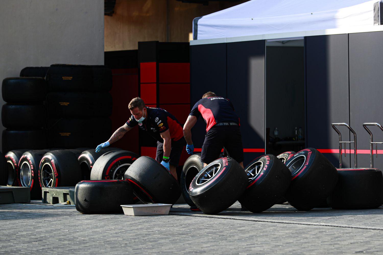 Pirelli livre ses conclusions sur les crevaisons de Bakou