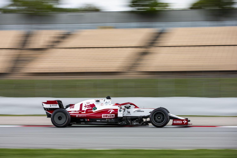 Aperçu des nouveaux enjoliveurs des pneus de Formule 1 de 2022 testés à Barcelone