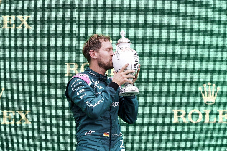 Sebastian Vettel était très heureux de ce podium hongrois mais est donc disqualifié ce soir !