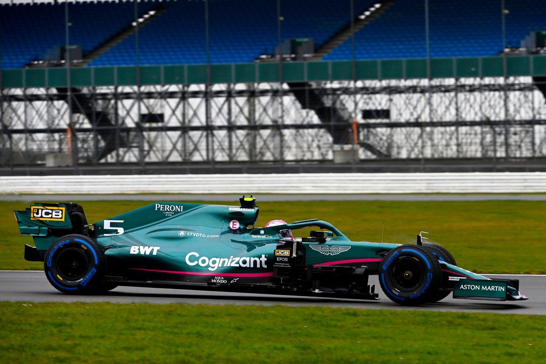 © Aston Martin Cognizant F1 Team - Sebastian Vettel prend en main son nouveau bolide pour 2021