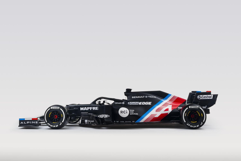l'Alpine F1 A521 de profile