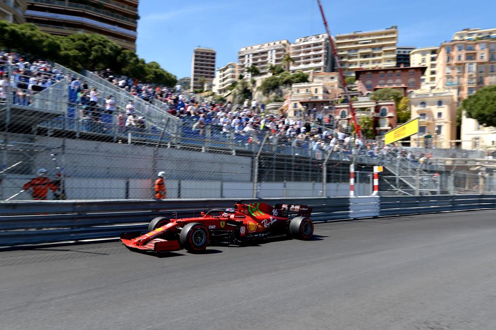 Charles Leclerc a décroché sa première pole à Monaco !