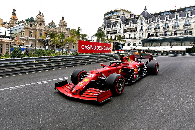 Carlos Sainz sur le podium à Monaco