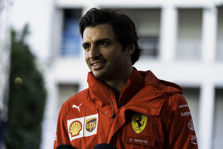 Carlos Sainz devient le 20ème pilote à recevoir cette distinction