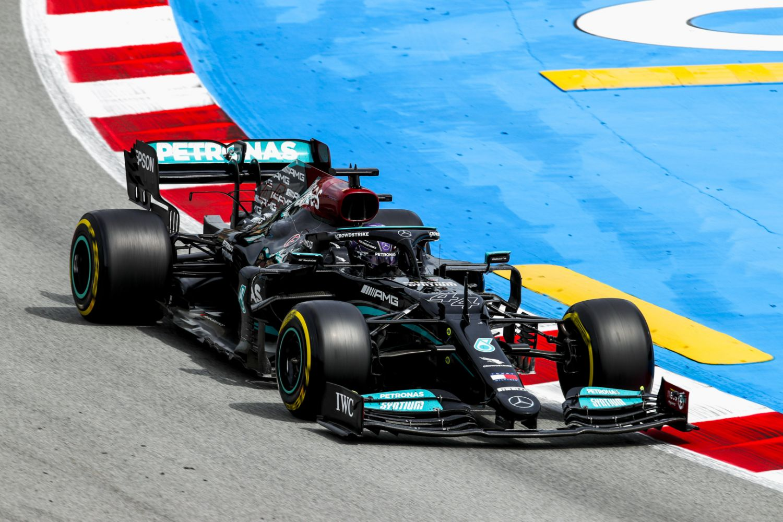 Ricciardo et Alonso soulignent la capacité de Lewis Hamilton à rester au top niveau