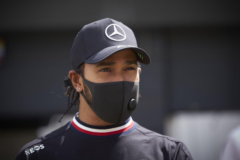 Lewis Hamilton critique la loi du gouvernement hongrois
