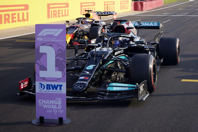 Lewis Hamilton ouvert à la discussion avec Max Verstappen