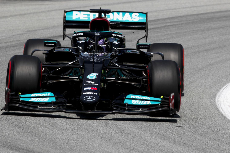 Grand Prix d'Espagne - Qualifications : et de 100 pour Lewis Hamilton