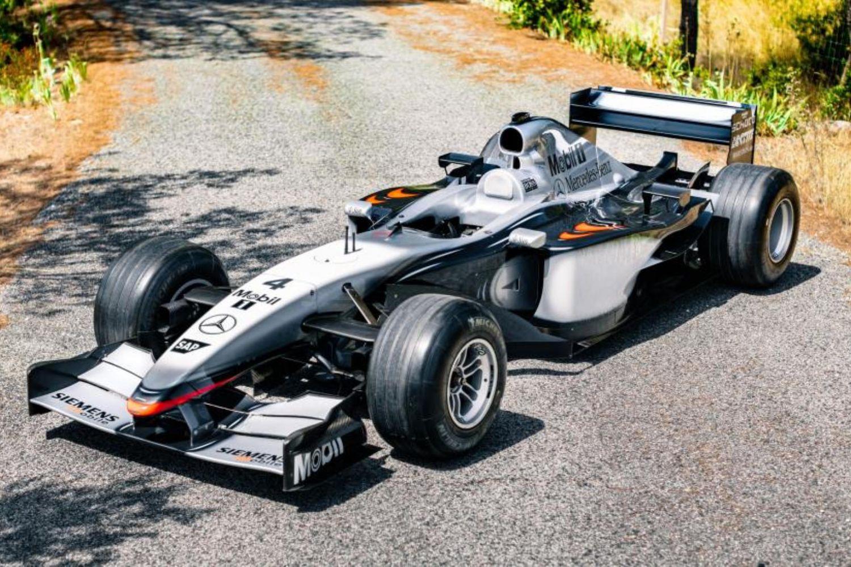 La Mclaren MP4 17 D (A-06 en 2002) pilotée par Kimi Räikkönen