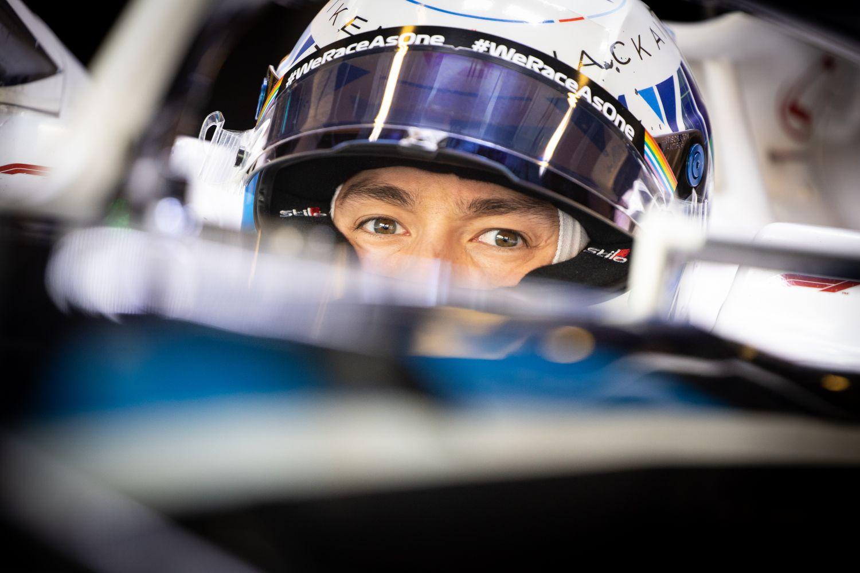Jack Aitken au volant de la Williams lors des FP1 à Abu Dhabi