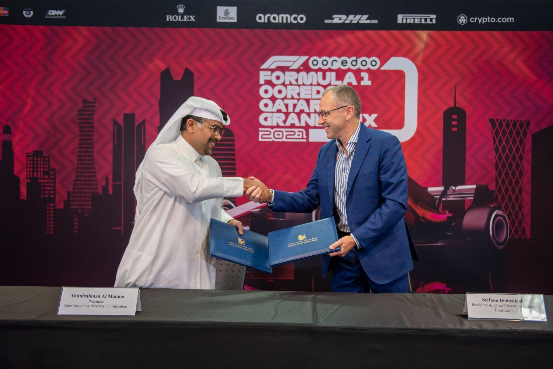 Abdulrahman Al-Mannai et Stefano Domenicali signent l'accord d'un Grand Prix du Qatar sur 10 ans !