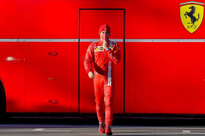 © Ferrari - Le logo Richard Mille sur la combinaison de Leclerc