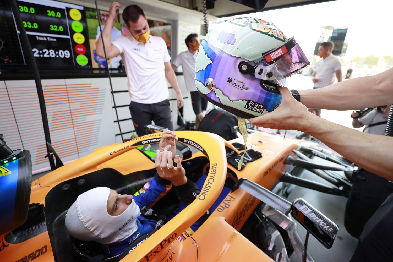 Le casque de Ricciardo lors du Grand Prix d'Azerbaidjan