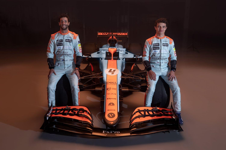 Nouvelle livrée et nouvelles combinaisons pour les pilotes McLaren