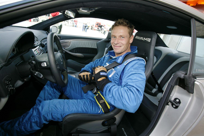 Bernd Mayländer dans la safety car en 2003