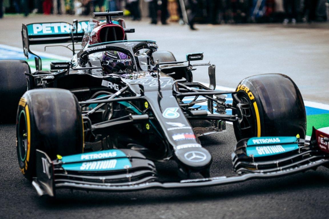 Lewis Hamilton gère du mieux que possible sa pénalité sur la grille