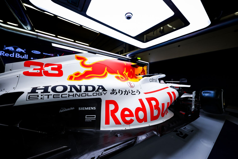 Cette Red Bull new look mènera-t-elle Max Verstappen ou Sergio Pérez vers la victoire?