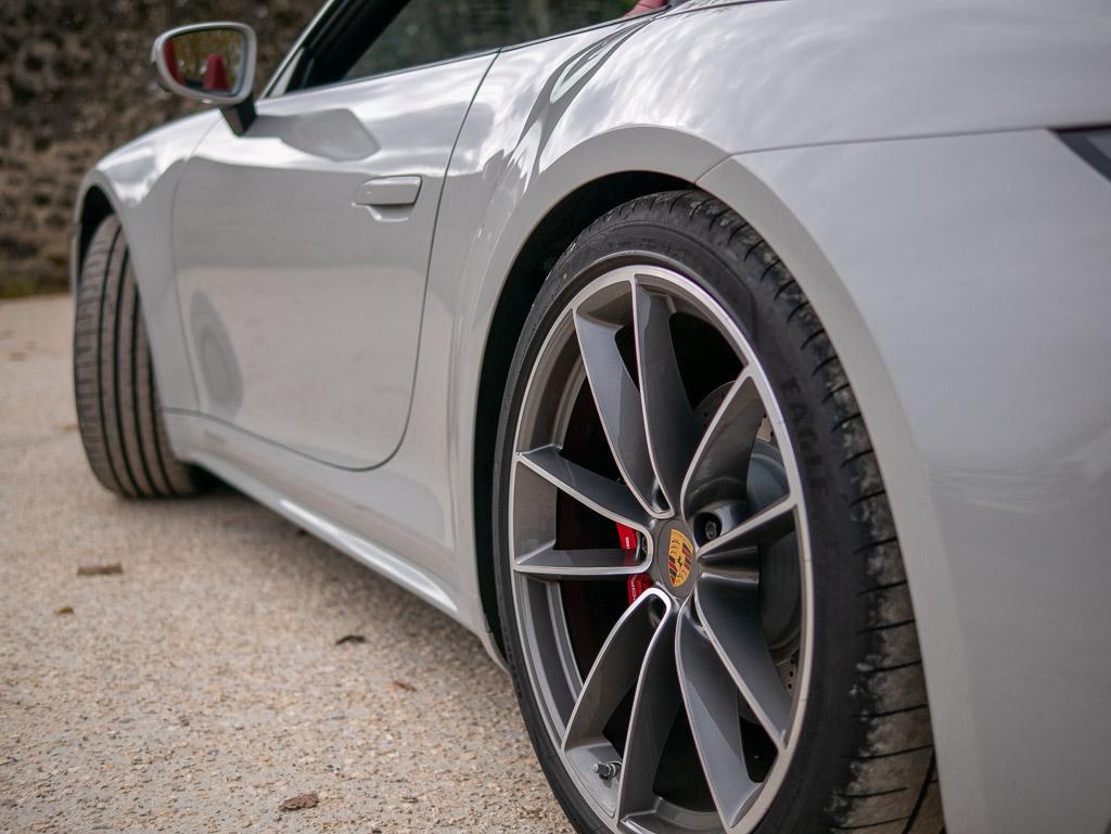 Porsche 911 Type 992 Carrera S Cabriolet - Profil courbé