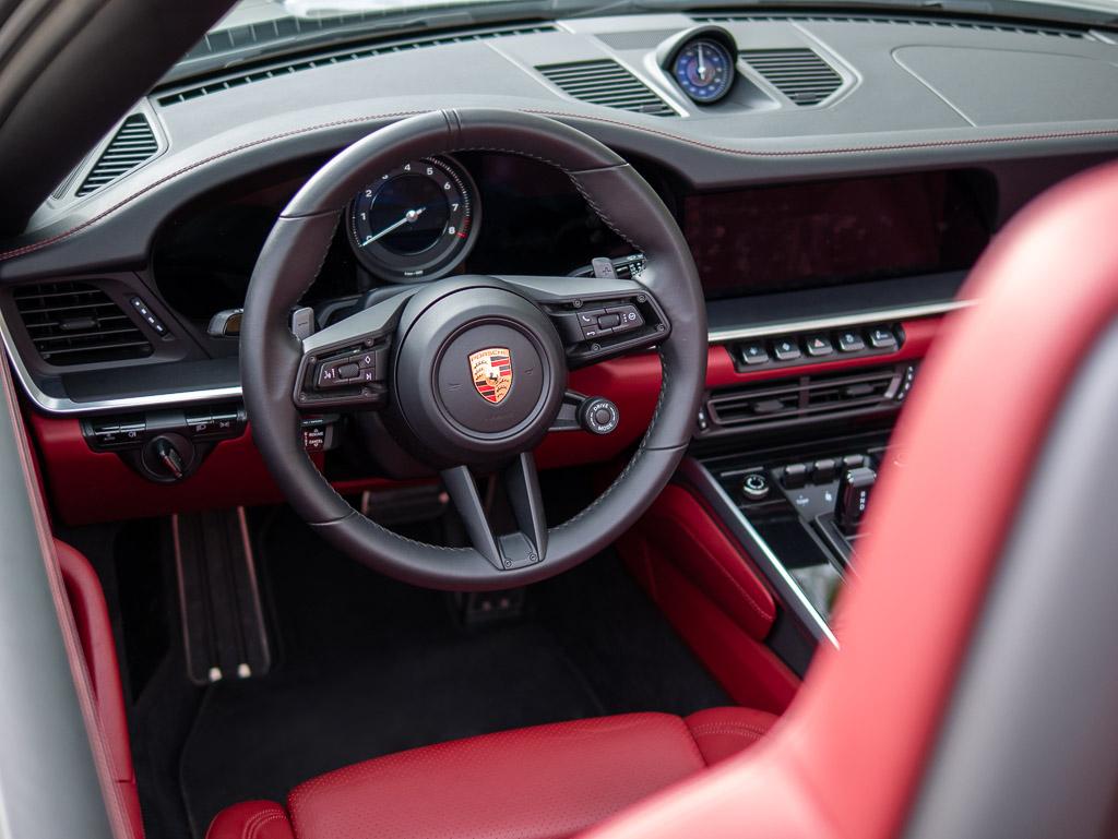 Porsche 911 Type 992 Carrera S Cabriolet - Tableau de bord